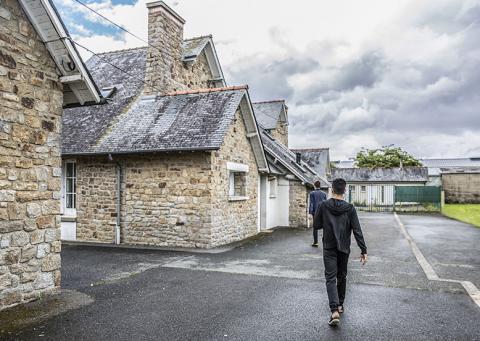 Mineurs étrangers à Sens-de-Bretagne